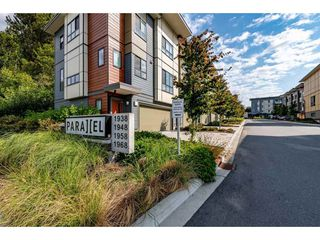 """Main Photo: 6 1968 N PARALLEL Road in Abbotsford: Abbotsford East Townhouse for sale in """"Parallel North"""" : MLS®# R2484074"""
