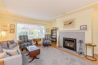 "Photo 3: 2 12945 17 Avenue in Surrey: Crescent Bch Ocean Pk. Townhouse for sale in ""Ocean Park Grove"" (South Surrey White Rock)  : MLS®# R2486787"