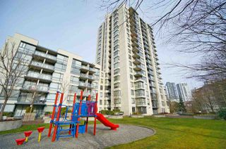 Photo 18: 1909 3588 CROWLEY Drive in Vancouver: Collingwood VE Condo for sale (Vancouver East)  : MLS®# R2506989