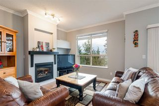 """Photo 3: 51 20350 68 Avenue in Langley: Willoughby Heights Townhouse for sale in """"Sunridge"""" : MLS®# R2523073"""