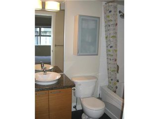 "Photo 8: # 9 1250 W 6TH AV in Vancouver: Fairview VW Condo for sale in ""SILVER"" (Vancouver West)  : MLS®# V892731"