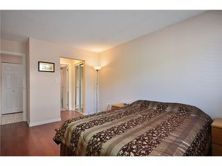 "Photo 3: # 312 550 ROYAL AV in New Westminster: Downtown NW Condo for sale in ""HARBOURVIEW"" : MLS®# V886949"