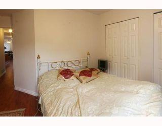 Photo 5: 1972 MCLEAN AV: House for sale : MLS®# V772672