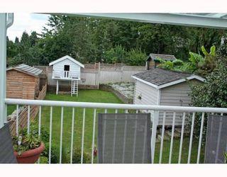 Photo 6: 1972 MCLEAN AV: House for sale : MLS®# V772672