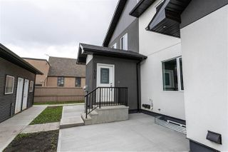 Photo 3: 11408 133 Avenue in Edmonton: Zone 01 Townhouse for sale : MLS®# E4165384
