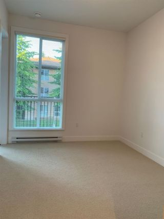 "Photo 14: 205 10168 149TH Street in Surrey: Guildford Condo for sale in ""Guildhouse II"" (North Surrey)  : MLS®# R2398083"