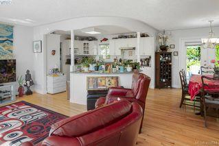 Photo 3: 906 Parklands Dr in VICTORIA: Es Gorge Vale House for sale (Esquimalt)  : MLS®# 826499