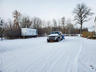 Photo 3: 169 Forbes Road in Winnipeg: South St Vital Residential for sale (2M)  : MLS®# 1932570