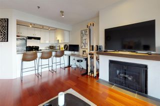"Photo 3: 204 1963 W 3RD Avenue in Vancouver: Kitsilano Condo for sale in ""LA MIRADA"" (Vancouver West)  : MLS®# R2426896"