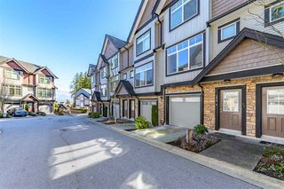 "Photo 2: 154 6299 144 Street in Surrey: Sullivan Station Townhouse for sale in ""ALTURA"" : MLS®# R2444836"