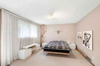 Photo 20: 31 EDGEWOOD Place NW in Calgary: Edgemont Detached for sale : MLS®# C4305127