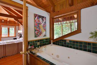 Photo 15: 1947 CRYSTAL Crescent: Roberts Creek House for sale (Sunshine Coast)  : MLS®# R2473206