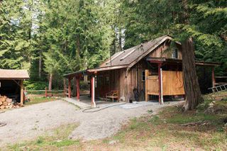 Photo 33: 1947 CRYSTAL Crescent: Roberts Creek House for sale (Sunshine Coast)  : MLS®# R2473206