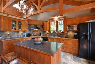 Photo 7: 1947 CRYSTAL Crescent: Roberts Creek House for sale (Sunshine Coast)  : MLS®# R2473206