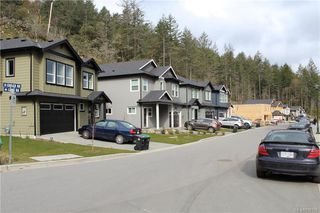 Photo 7: 2367 Lund Rd in View Royal: VR Six Mile Single Family Detached for sale : MLS®# 838155