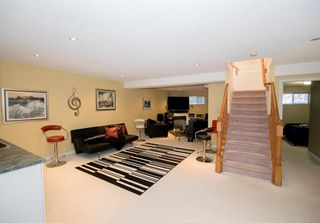 Photo 32: 54 SIERRA MORENA Green SW in Calgary: Signal Hill Semi Detached for sale : MLS®# A1030689