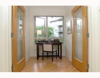"Photo 10: 115 1823 W 7TH Avenue in Vancouver: Kitsilano Condo for sale in ""CARNEGIE"" (Vancouver West)  : MLS®# V663366"