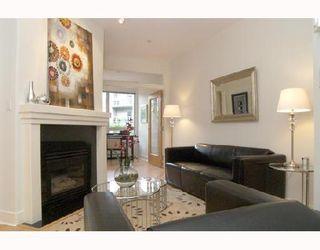 "Photo 1: 115 1823 W 7TH Avenue in Vancouver: Kitsilano Condo for sale in ""CARNEGIE"" (Vancouver West)  : MLS®# V663366"
