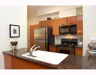 "Photo 5: 115 1823 W 7TH Avenue in Vancouver: Kitsilano Condo for sale in ""CARNEGIE"" (Vancouver West)  : MLS®# V663366"