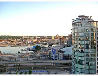 """Photo 3: 2601 550 TAYLOR Street in Vancouver: Downtown VW Condo for sale in """"TALOR"""" (Vancouver West)  : MLS®# V663608"""