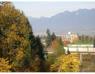 "Photo 6: 805 6188 PATTERSON Avenue in Burnaby: Metrotown Condo for sale in ""WIMBLETON CLUB"" (Burnaby South)  : MLS®# V677070"