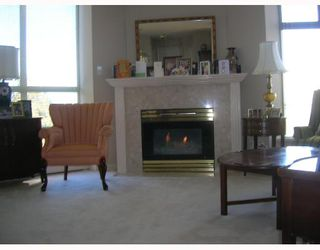 """Photo 2: 805 6188 PATTERSON Avenue in Burnaby: Metrotown Condo for sale in """"WIMBLETON CLUB"""" (Burnaby South)  : MLS®# V677070"""