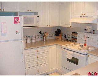 "Photo 3: 124 15268 105TH Avenue in Surrey: Guildford Condo for sale in ""Georgian Gardens"" (North Surrey)  : MLS®# F2808634"