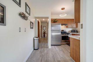 Photo 11: 15215 87 Avenue in Edmonton: Zone 22 House for sale : MLS®# E4165600