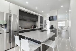 Photo 9: 14041 101A Avenue in Edmonton: Zone 11 House for sale : MLS®# E4168649