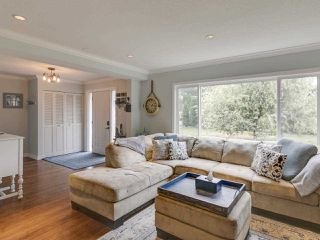 "Photo 3: 2183 SKYLINE Drive in Squamish: Garibaldi Highlands House for sale in ""Garibaldi Estates"" : MLS®# R2403833"