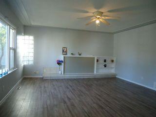 Photo 2: 12424 94 Street in Edmonton: Zone 05 House for sale : MLS®# E4176110