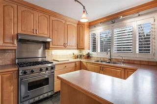 Photo 12: 6907 Legare Drive SW in Calgary: Lakeview Detached for sale : MLS®# C4275905