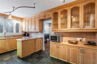 Photo 13: 6907 Legare Drive SW in Calgary: Lakeview Detached for sale : MLS®# C4275905