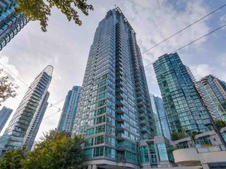 Photo 1:  in Vancouver: Downtown Condo for rent : MLS®# AR027