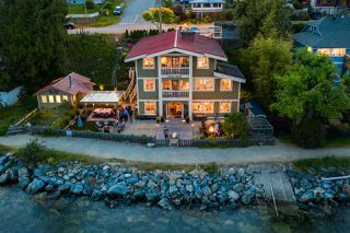 Main Photo: 546 MARINE Drive in Gibsons: Gibsons & Area House for sale (Sunshine Coast)  : MLS®# R2436859