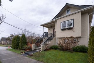 Photo 1: 2601 TURNER Street in Vancouver: Renfrew VE House for sale (Vancouver East)  : MLS®# R2440784