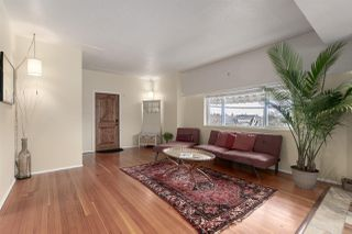 Photo 4: 2601 TURNER Street in Vancouver: Renfrew VE House for sale (Vancouver East)  : MLS®# R2440784