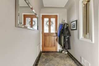 Photo 3: 5521 111 Avenue in Edmonton: Zone 09 House for sale : MLS®# E4195064