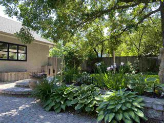 Photo 38: 5521 111 Avenue in Edmonton: Zone 09 House for sale : MLS®# E4195064