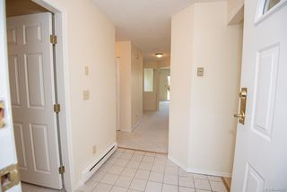Photo 4: 4 909 Admirals Rd in Esquimalt: Es Esquimalt Row/Townhouse for sale : MLS®# 844251