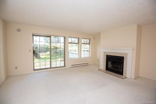Photo 12: 4 909 Admirals Rd in Esquimalt: Es Esquimalt Row/Townhouse for sale : MLS®# 844251