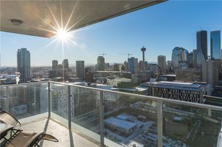 Photo 1: 2508 510 6 Avenue SE in Calgary: Downtown East Village Apartment for sale : MLS®# A1024191