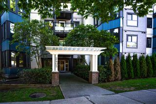 Photo 2: 310 2405 KAMLOOPS Street in Vancouver: Renfrew VE Condo for sale (Vancouver East)  : MLS®# R2503864