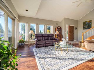 Photo 5: 4858 EAGLEVIEW ROAD in Sechelt: Sechelt District House for sale (Sunshine Coast)  : MLS®# R2516424