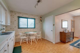 Photo 9: 4020 5 Avenue SW in Calgary: Wildwood Detached for sale : MLS®# A1048141