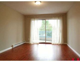 "Photo 6: 201 20727 DOUGLAS Crescent in Langley: Langley City Condo for sale in ""Joseph's Court"" : MLS®# F2705506"