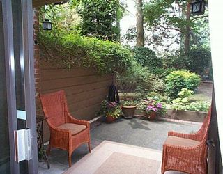 "Photo 3: 102 2320 W 40TH Ave in Vancouver: Kerrisdale Condo for sale in ""MANOR GARDENS"" (Vancouver West)  : MLS®# V646054"
