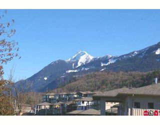 "Photo 8: 213 51075 FALLS Court in Chilliwack: Eastern Hillsides House for sale in ""EMERALD RIDGE"" : MLS®# H2705307"