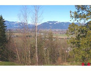 "Photo 9: 213 51075 FALLS Court in Chilliwack: Eastern Hillsides House for sale in ""EMERALD RIDGE"" : MLS®# H2705307"