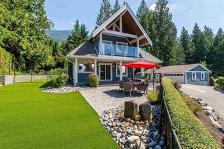 Main Photo: 7329 MARBLE HILL Road in Chilliwack: Eastern Hillsides House for sale : MLS®# R2389088